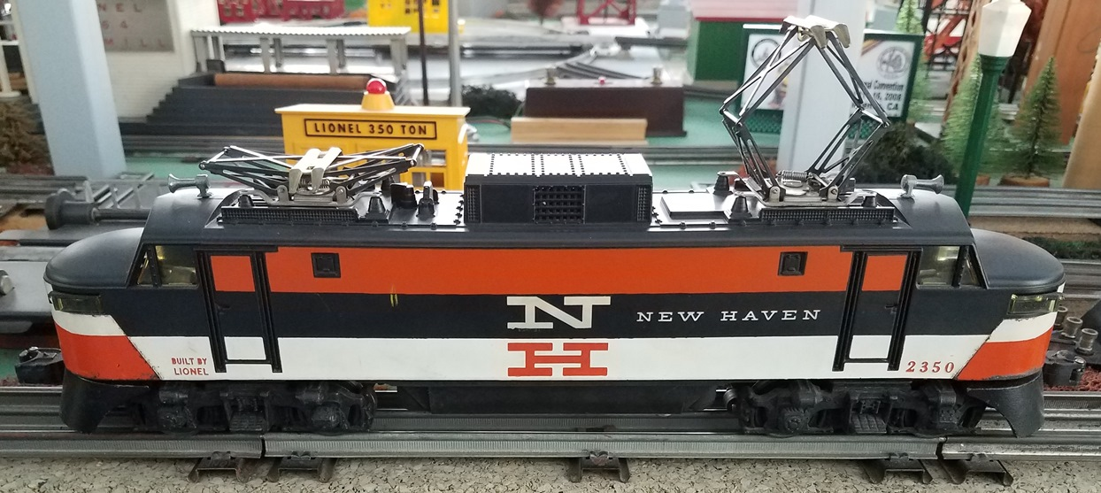 Lionel Postwar 2530 Railway Express Agency baggage car