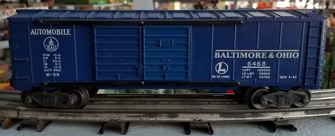 Lionel Postwar 6468 Baltimore and Ohio Automobile boxcar