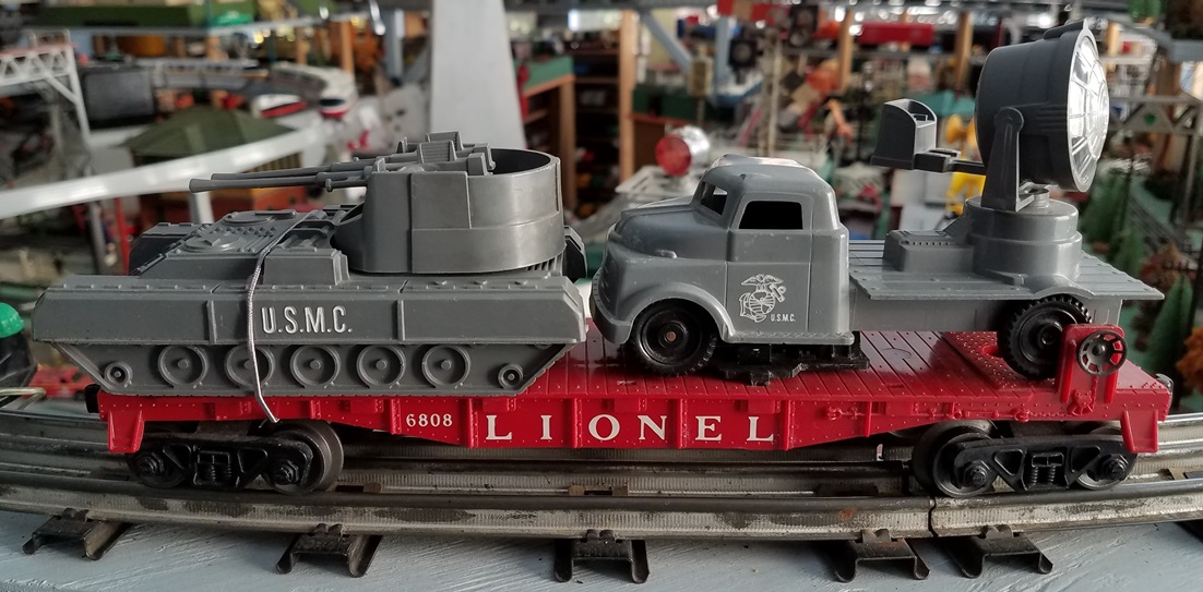 Lionel Postwar 6808 Marine Corps Two Gun Tank and Searchlight Truck Car