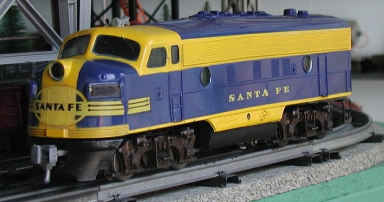 Santa Fe F-7 locomotive