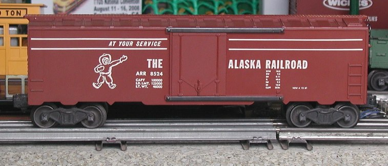 Kris Alaska Railroad boxcar red, plug doors