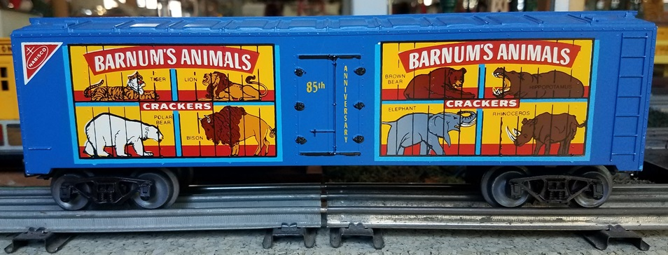 Frank's Roundhouse blue Animals Crackers refrigerator car