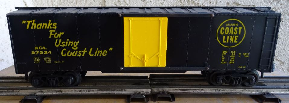 Kris Atlantic Coast Line 37224 black boxcar with yellow plug doors