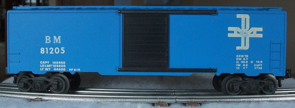 Kris Boston and Maine 81205 blue boxcar with rib doors