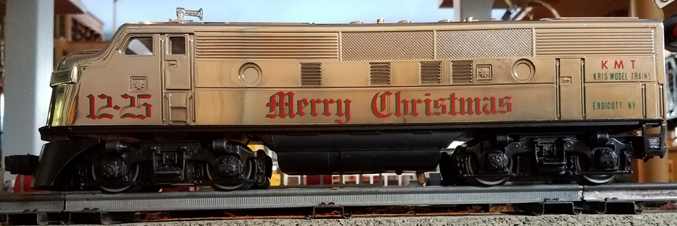 Kris holiday locomotive - left side