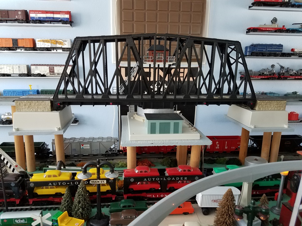 Lionel # 24111 Operating Swing Bridge