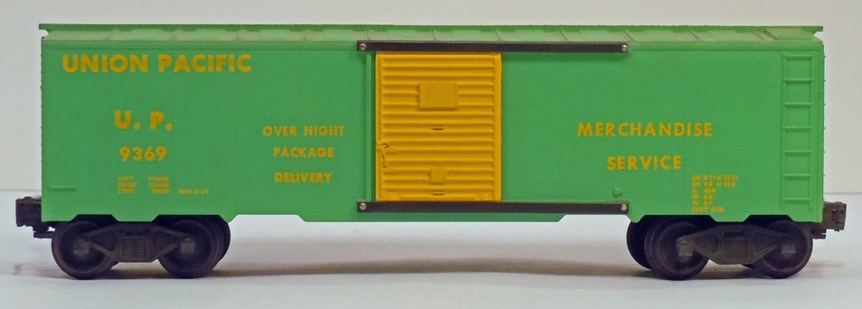 Kris Union Pacific 9369 light green boxcar