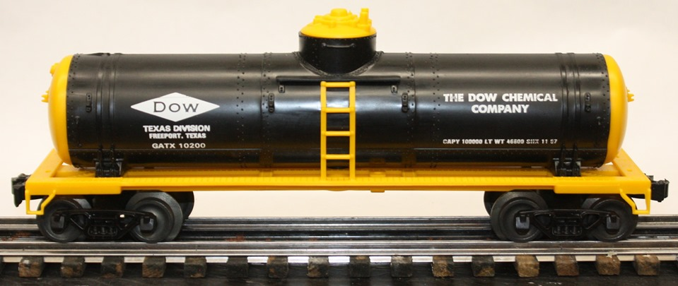 Williams DOW Chemical black and yellow tank car
