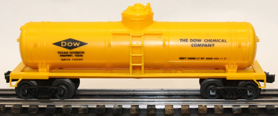 Williams DOW Chemical yellow tank car