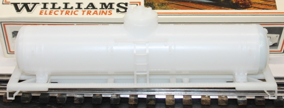 Williams undecorated tank car