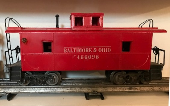 AMT Baltimore and Ohio caboose with black steps