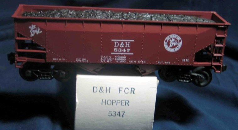 Frank's Roundhouse D&H freight car red hopper