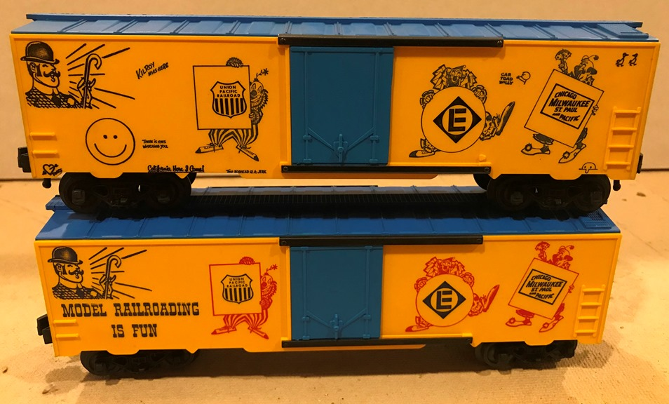 Kris yellow and blue boxcar comparison