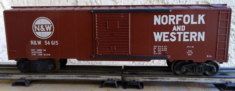 Kris Norfolk and Western 54615 boxcar with boxcar red doors