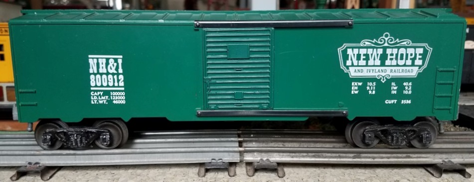 Kris New Hope and Ivyland Railroad 800912 green boxcar