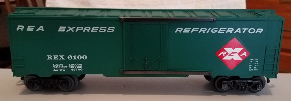 Kris REA green refrigerator car with large car data