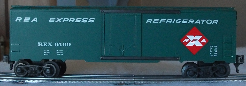 Kris REA green refrigerator car with small car data