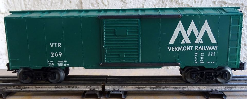 Kris Vermont Railway 269 glossy green boxcar