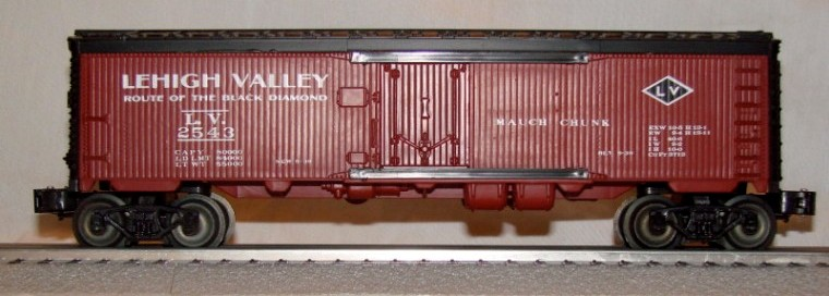 Frank's Roundhouse Lehigh Valley billboard refrigerator car