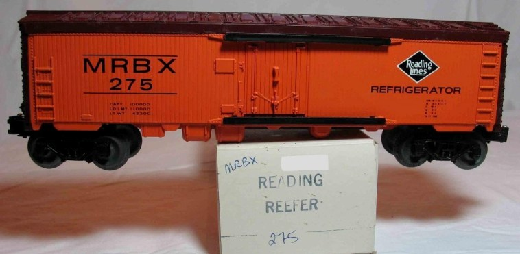 Frank's Roundhouse Reading Lines billboard refrigerator car