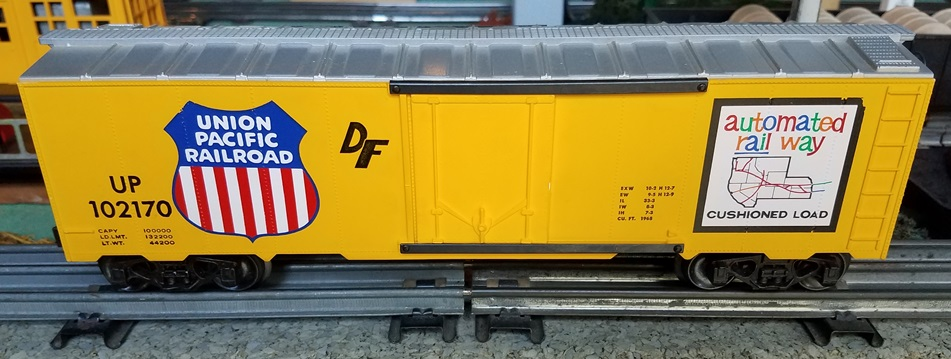 Kris Union Pacific 102170 yellow and silver boxcar