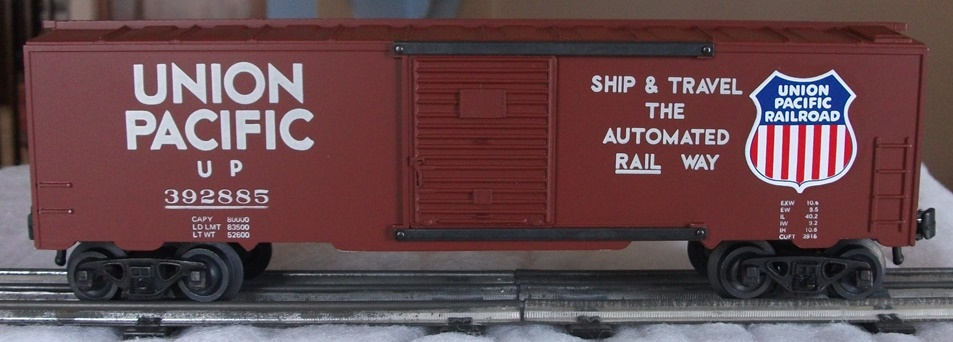 Kris Union Pacific 392885 boxcar with panel doors