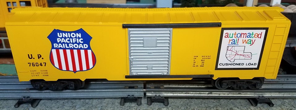 Kris Union Pacific 76047 yellow boxcar with silver panel doors